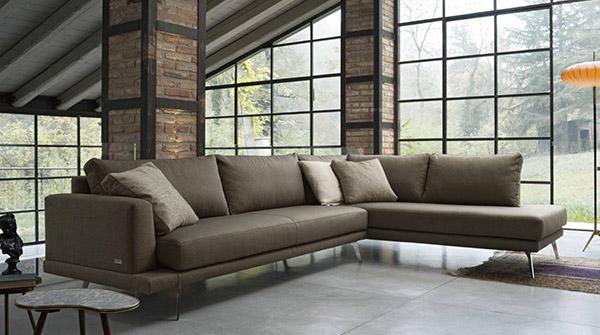 divani-intro-arredamenti-grossi